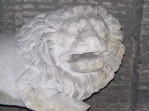 Leone guardiano, I sec. a.c., pietra. Palazzo della Pilotta, Parma. Foto M.E. Rastelli